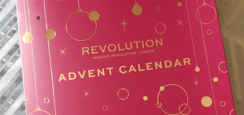 Makeup Revolution – Calendario de Adviento 2019