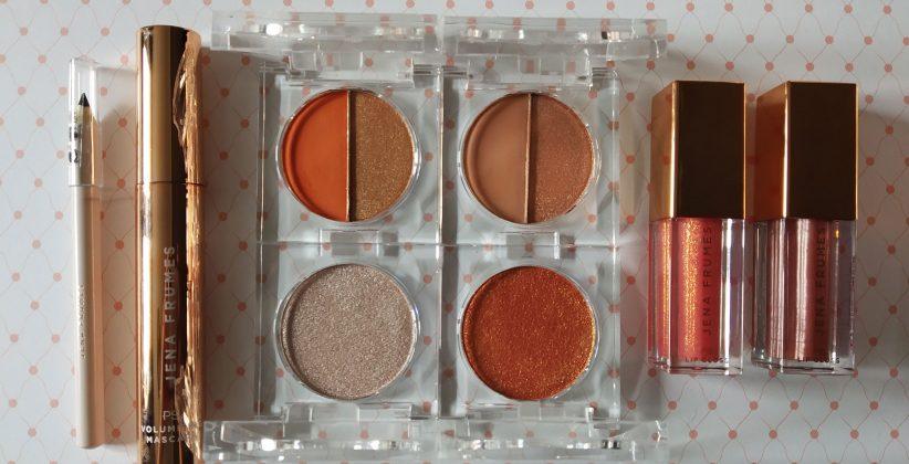 Baúl-maquillaje-colección-Jena-Frumes-contenidos