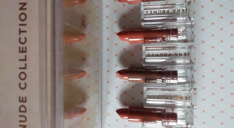 Caja-barra-de-labios-nude-colección-Jena-Frumes